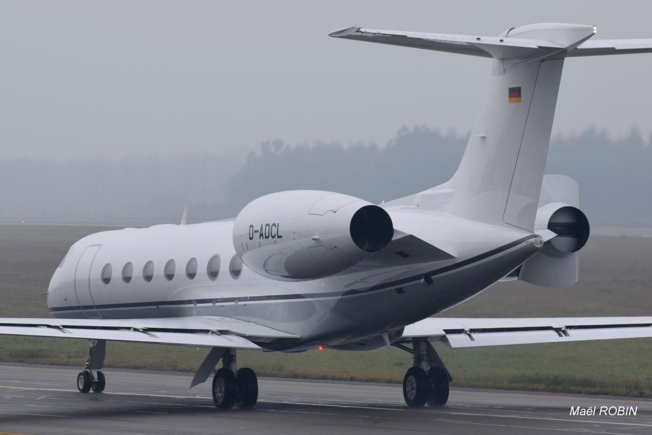 [BIZ JETS] L'Aviation d'Affaires de 2016...   - Page 5 686786DSC0057