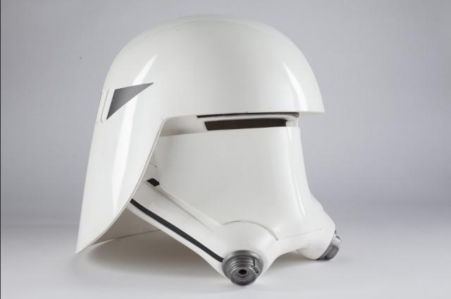 [Lucasfilm] Star Wars : Le Réveil de la Force (2015) - Page 7 687745w37