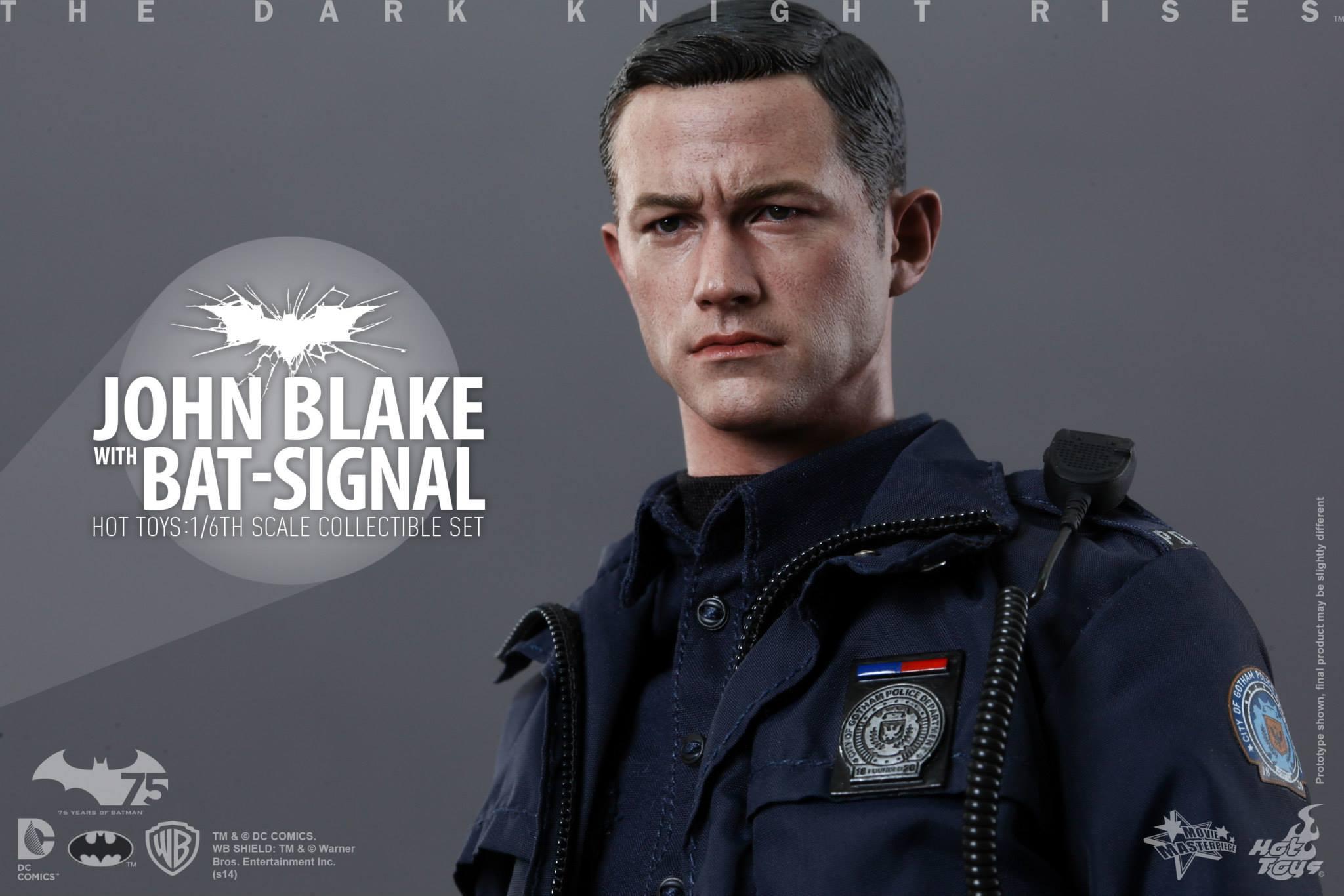 THE DARK KNIGHT RISES - Lt. JIM GORDON & JOHN BLAKE w/BATSIGNAL 690238104