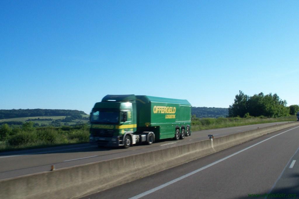 Offergeld Logistik (Wurselen) 690263photoscamions25V11156Copier