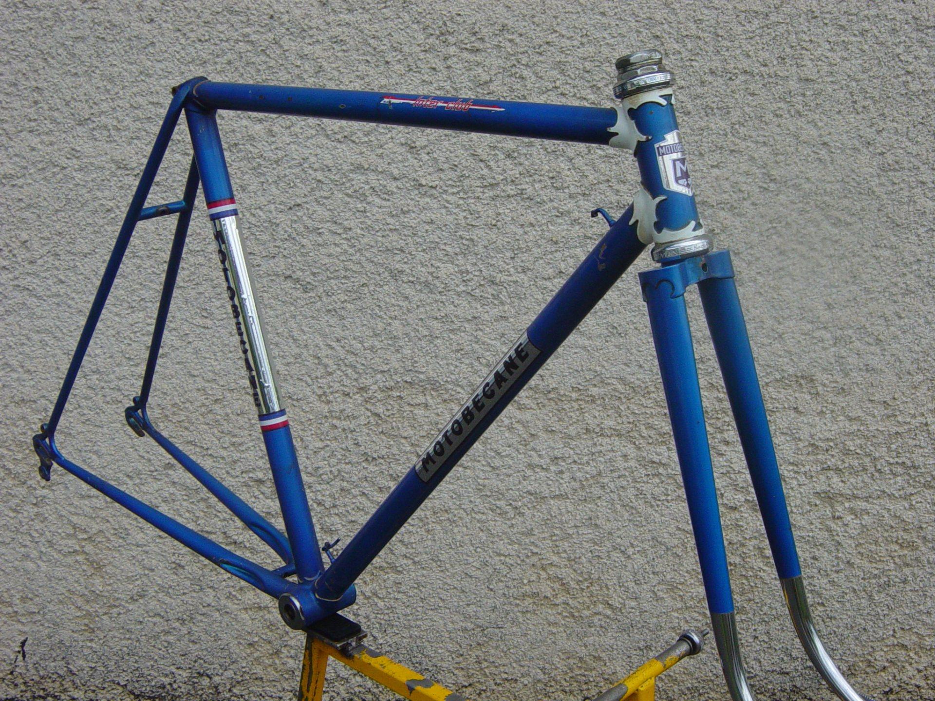 Vélo de course Motobécane 1970 692882vlodmontdcalques