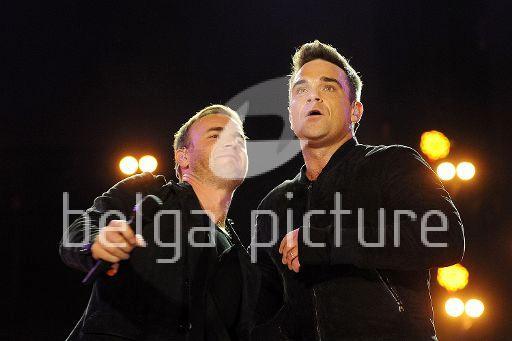 Robbie et Gary au concert Heroes 12-09/2010 69415222291711