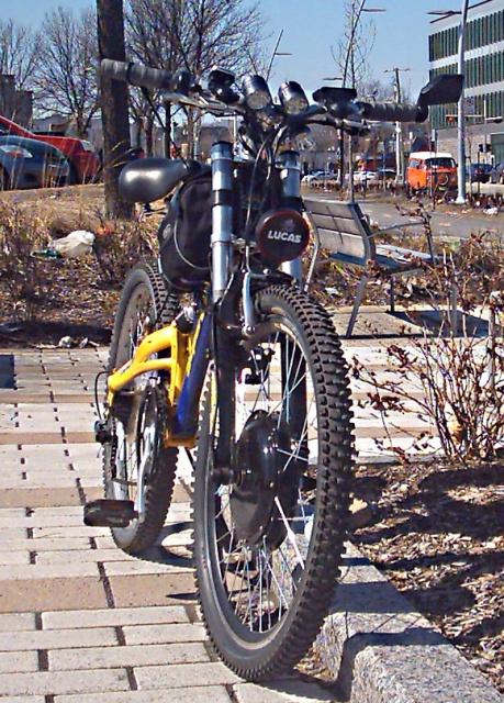 HOOLIGAN..Pas un (( GRAND )) vélo.....MAIS !!! - Page 6 695398ZZZZZZ