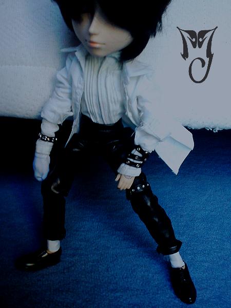 Akemi [Sebastian] & Wally [Edward Scissorhands] 695620mj1