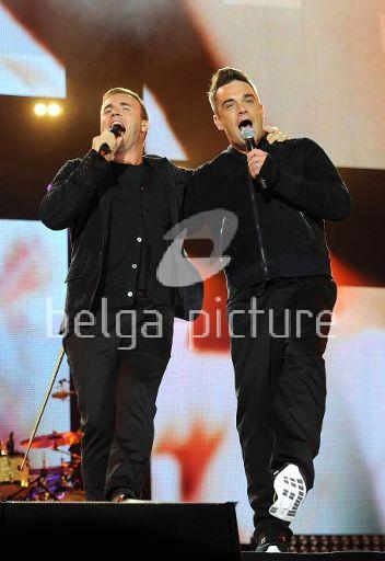 Robbie et Gary au concert Heroes 12-09/2010 69665422295545