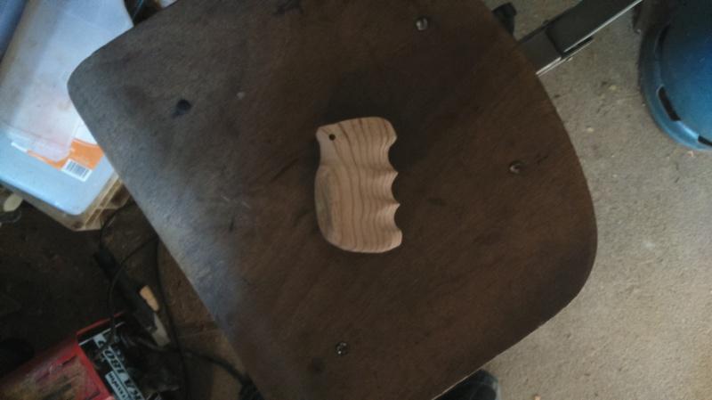 Poignée bois pour Dan Wesson 698704DSC0060