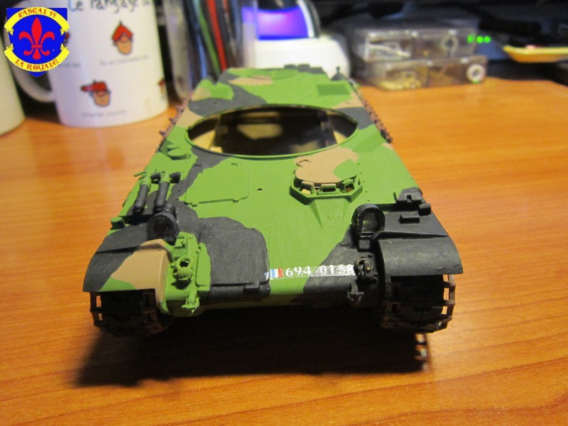 AMX 30 AUF1 au 1/35 d'Heller par Pascal 94 - Page 4 698750IMG34141