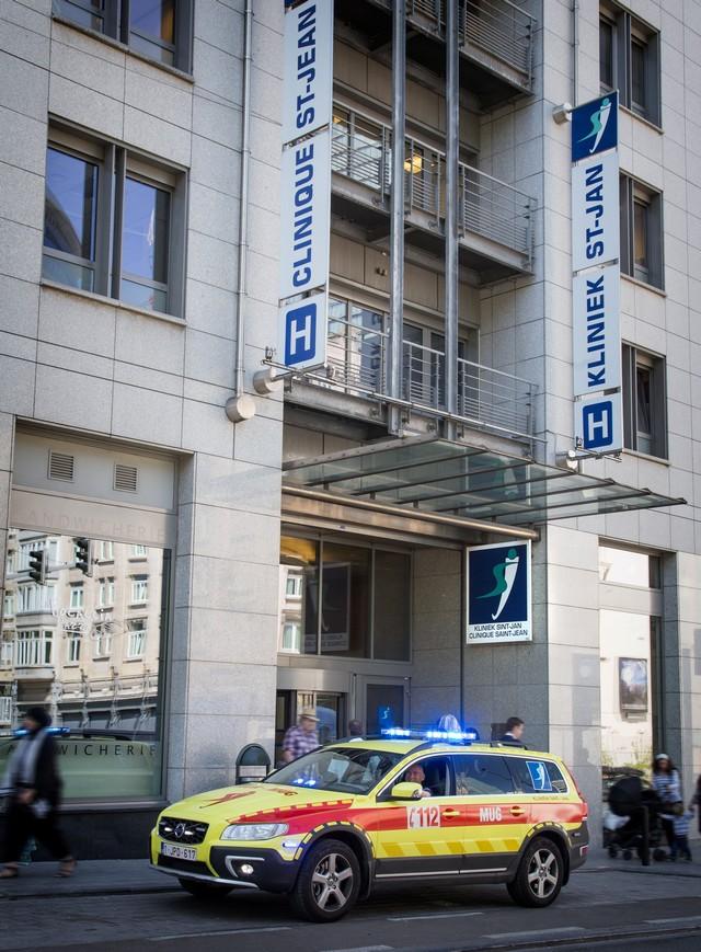 Clinique Saint-Jean : la Volvo XC70 qui peut sauver des vies 700201CliniqueSaintJeanlaVolvoXC70quipeutsauverdesvies4