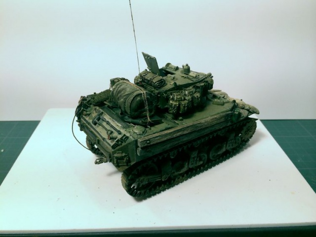 stuart M5A1 (afv au 1/35)normandie - Page 2 703043iphone3003