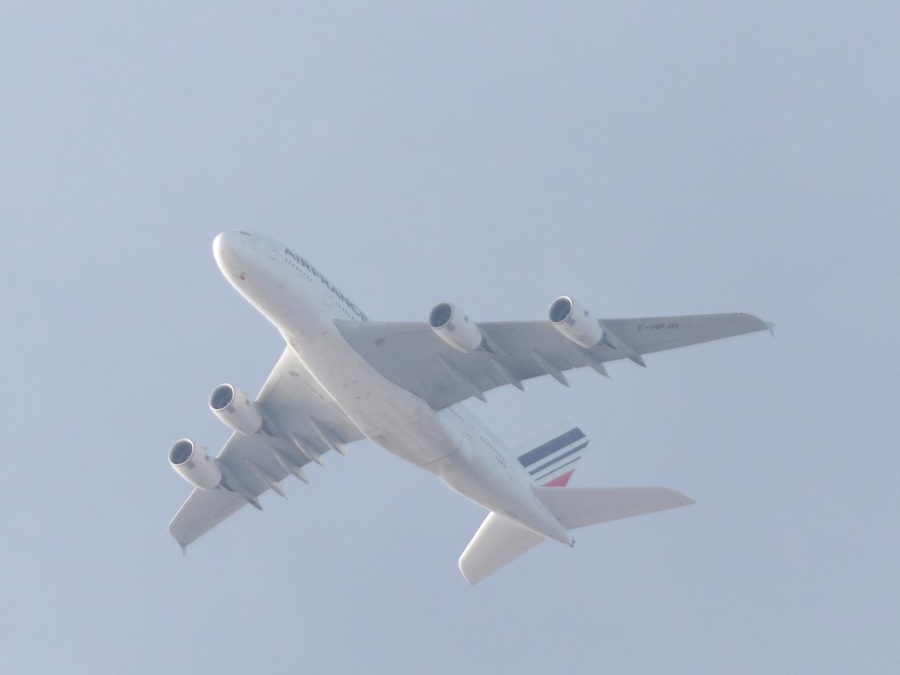 AIRBUS A380 704129A380FHPJH3