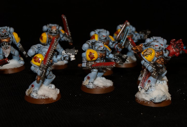 Space Wolves - Typhon... un peu particulier  707006Griffessanglantes12