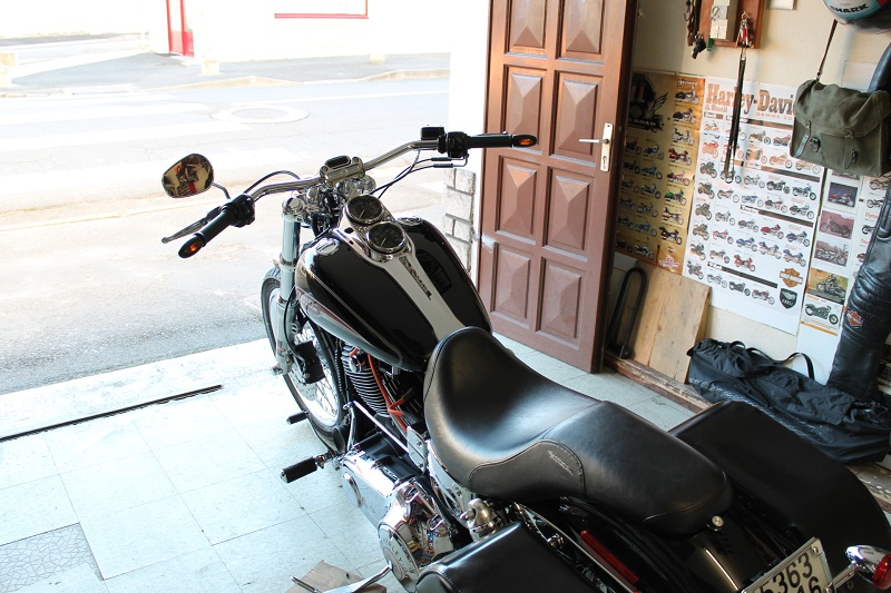 DYNA LOW RIDER ,combien sommes nous ? 707387aoutseptocto2012466