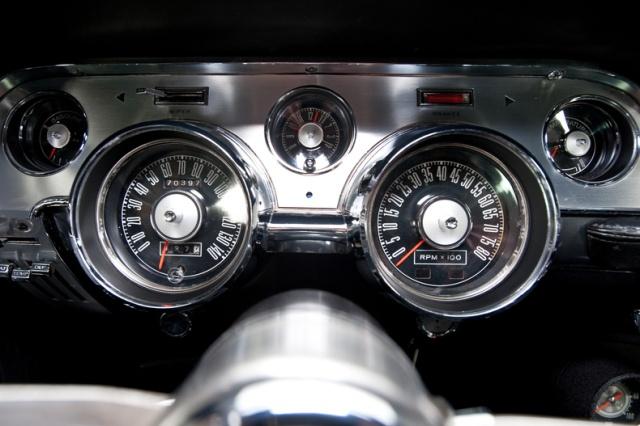 mustang shelby 350 GT 1967  au 1/25 de chez AMT/ERTL  707688interieur15