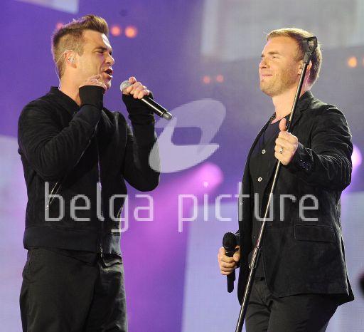 Robbie et Gary au concert Heroes 12-09/2010 70885622293996