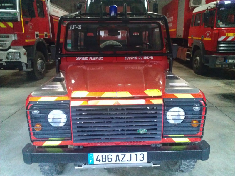Defender 90 VLTT 'sapeurs pompiers des bouches du rhone 709174622