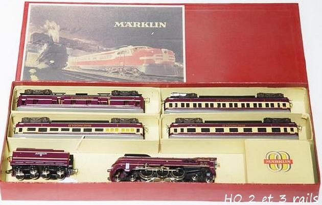 Coffrets Märklin 1936 - 1968 (rouges, noirs, verts ou bleus) 711816MarklincoffretSK8514RHMitropavioletR