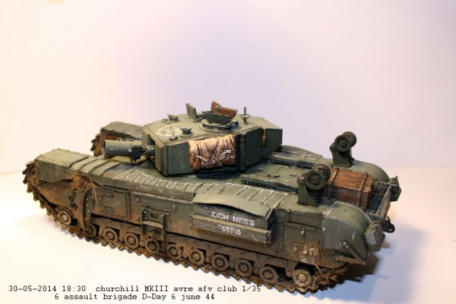 Churchill avre mk3  de chez afv club 1/35 - Page 2 711870IMG2375