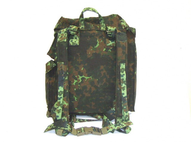 Flecktarn camo photo's 715235Belgianflecktarnlargebackpack1