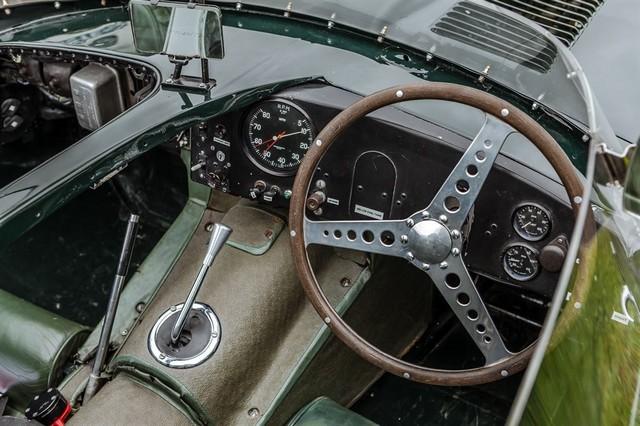 Les Jaguar XF, F-Pace et F-Type célèbrent les 60 ans de la victoire de la Type D aux 12 Heures de Reims Lors De La 22ème Edition De Sport Et Collection 716510IMG4621LowRes