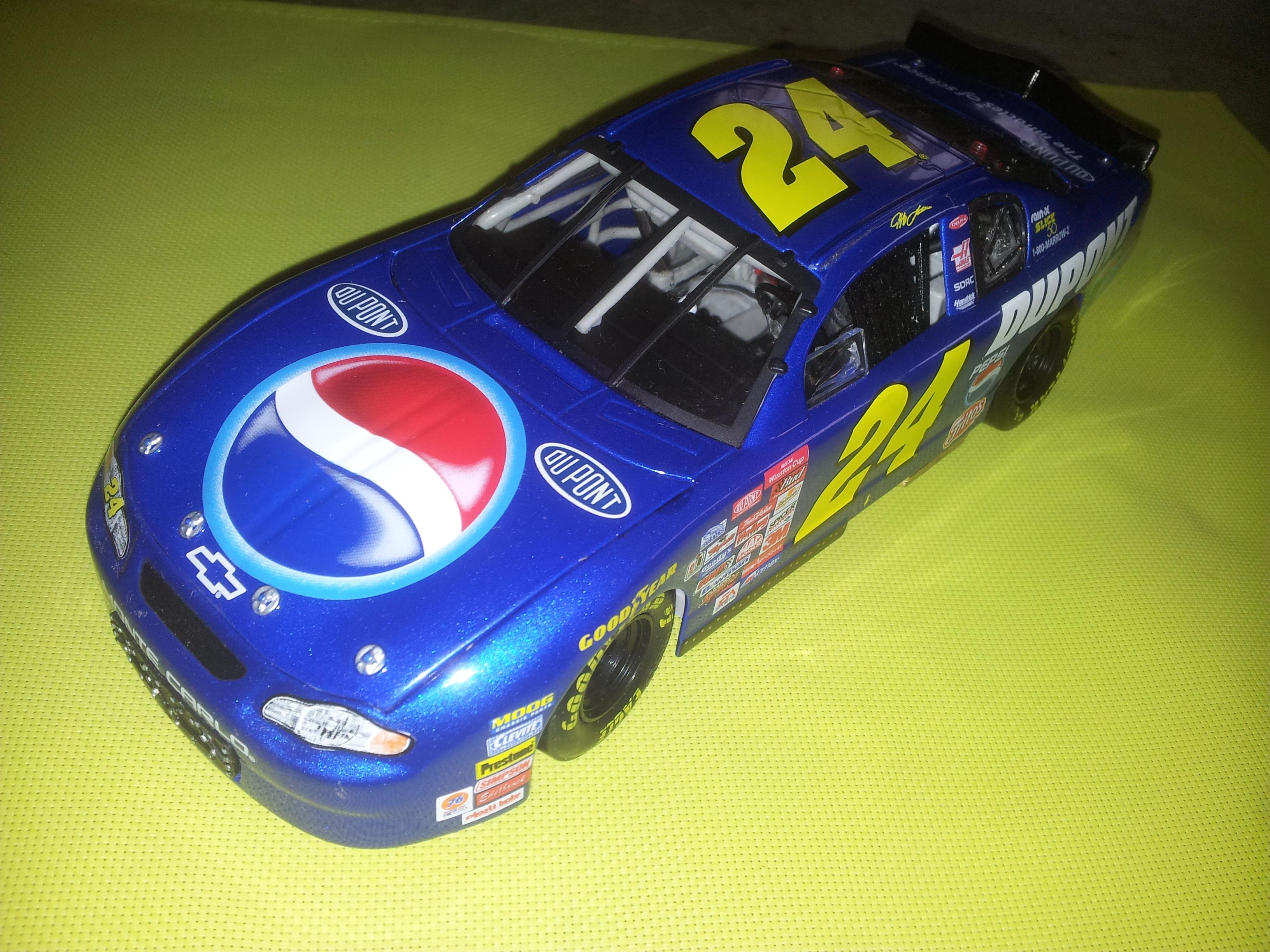 Chevy Monte-Carlo 2002 #24 Jeff Gordon Pepsi 717686C2000247
