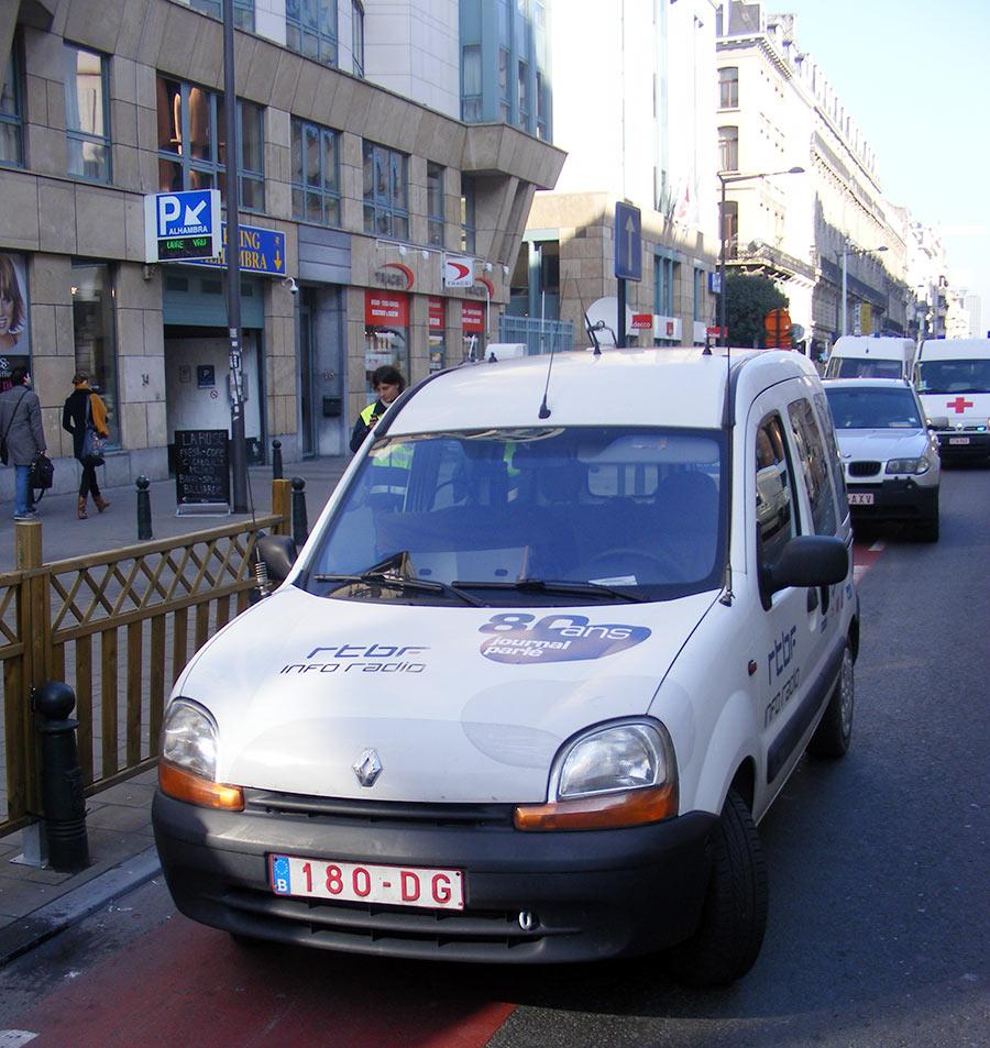 """Bruxelles côté BD  """"Tintin en automobile"""" - Page 3 722104DSCF6104"""
