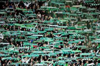 (FC Metz) 250.000 contre MC/ Karim Azamoum 65 - 26 ans (Troyes) 72287229MF