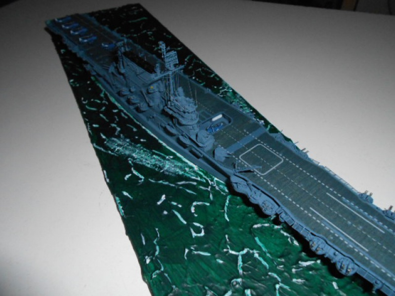 Le Saratoga 1/700 Tamiya pont en bois + PE 724540sar003