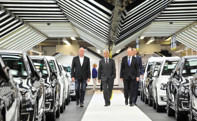 Visite de Stephan Weil, Premier Ministre, à l'usine Volkswagen de Wolfsburg  729762thddb2015al03826large