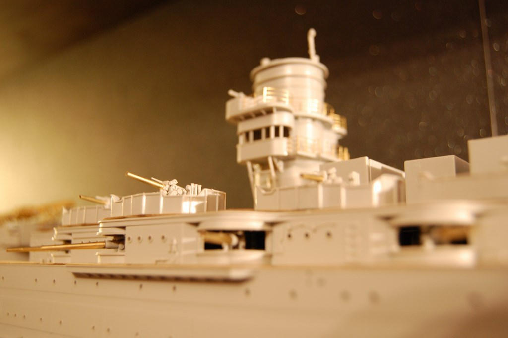 USS Arizona 1/200 par EricAlain 730481Arizona34Copier