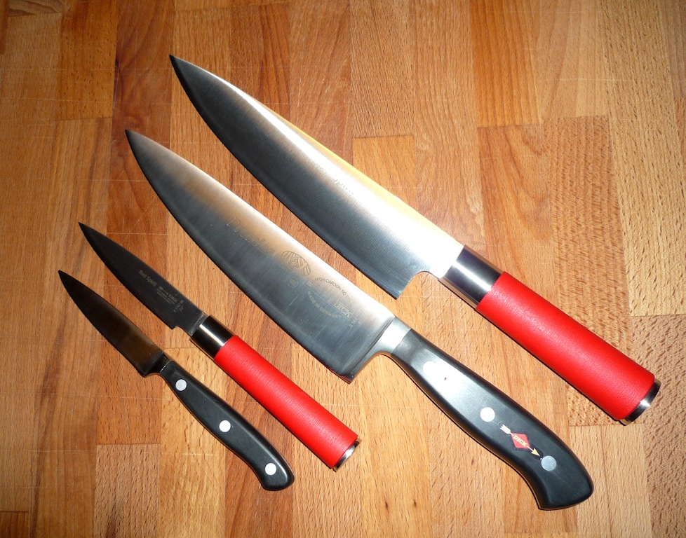 Revue couteaux japonais Tadafusa 734029RedPremium