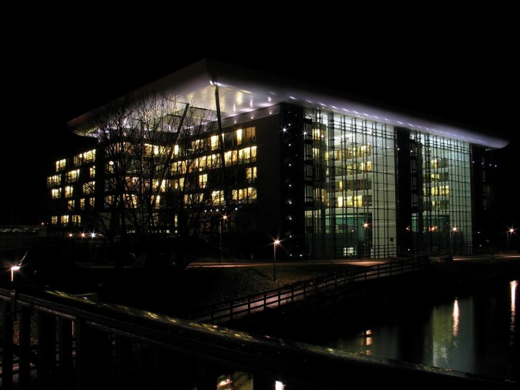 Agora Parlement Européen Strasbourg 734513AGORA
