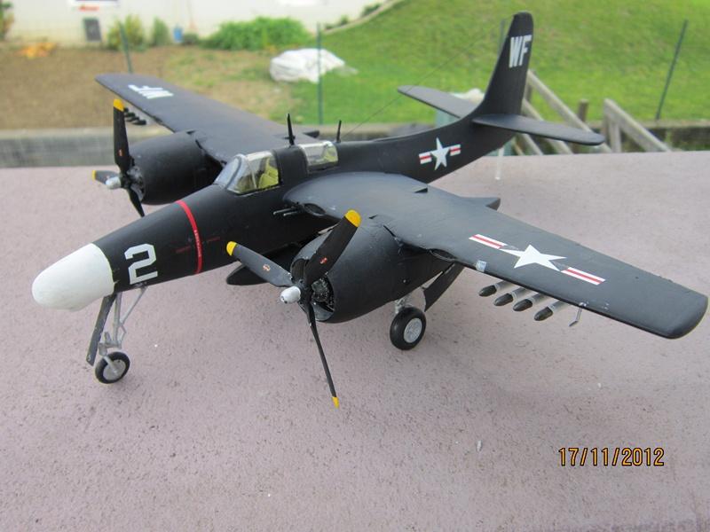 F-7F 3N Tigercat 1/48 de Italeri (ajout de photos avec le soleil) 738935IMG0763800x600