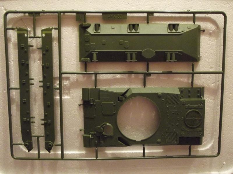 AMX 30 DCA - (Réf. L811) 1/35 739589HellerAMX30DCA811015