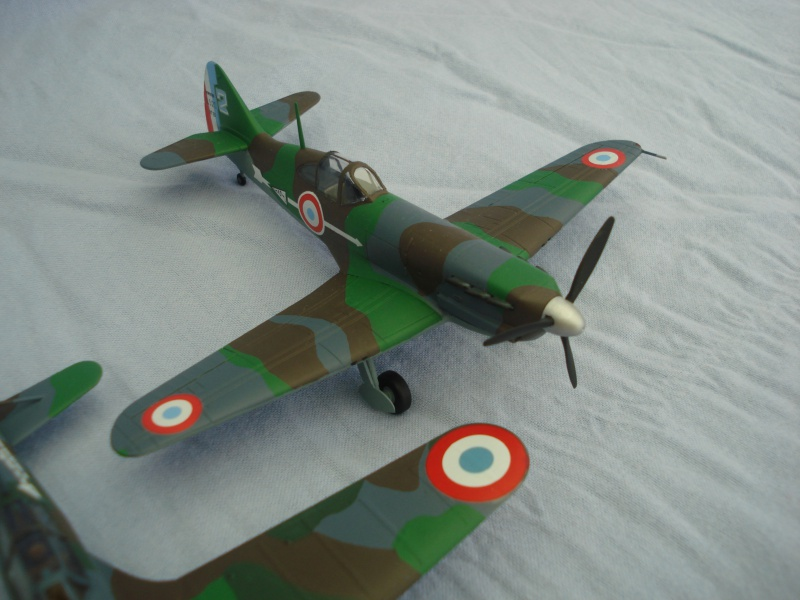Avions 1/72e 739672DSC05657
