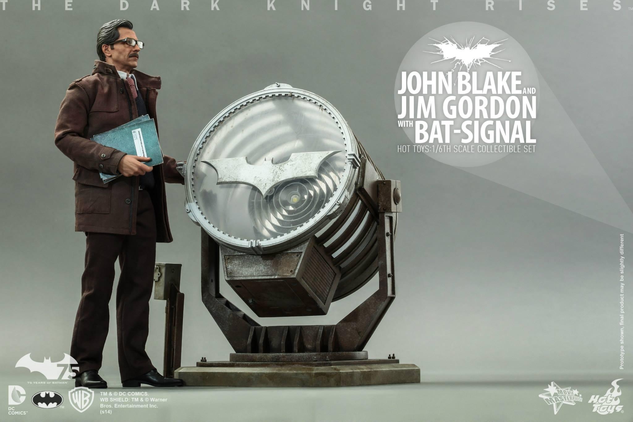 THE DARK KNIGHT RISES - Lt. JIM GORDON & JOHN BLAKE w/BATSIGNAL 739943106