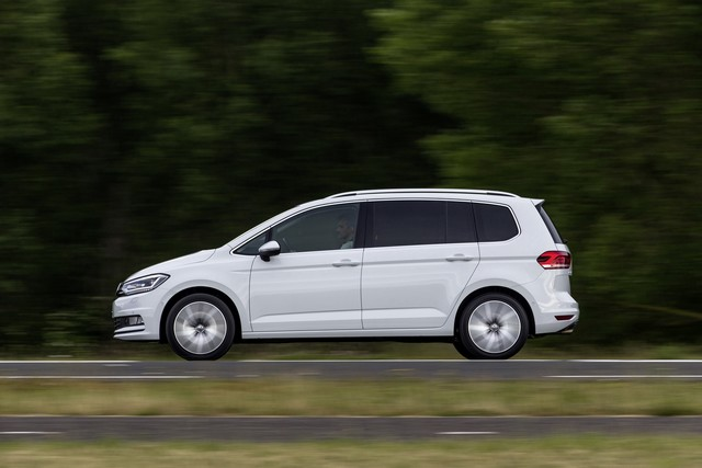 Le nouveau Touran obtient la note maximale de 5 étoiles Euro NCAP 749834thddb2015au01108large