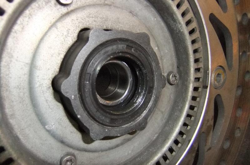 Quatre roulements dans ma roue AV 750291DSCF7891