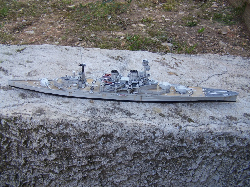 Hms Repulse conversion airfix 1/600 - Page 4 751146HmsRepulse046
