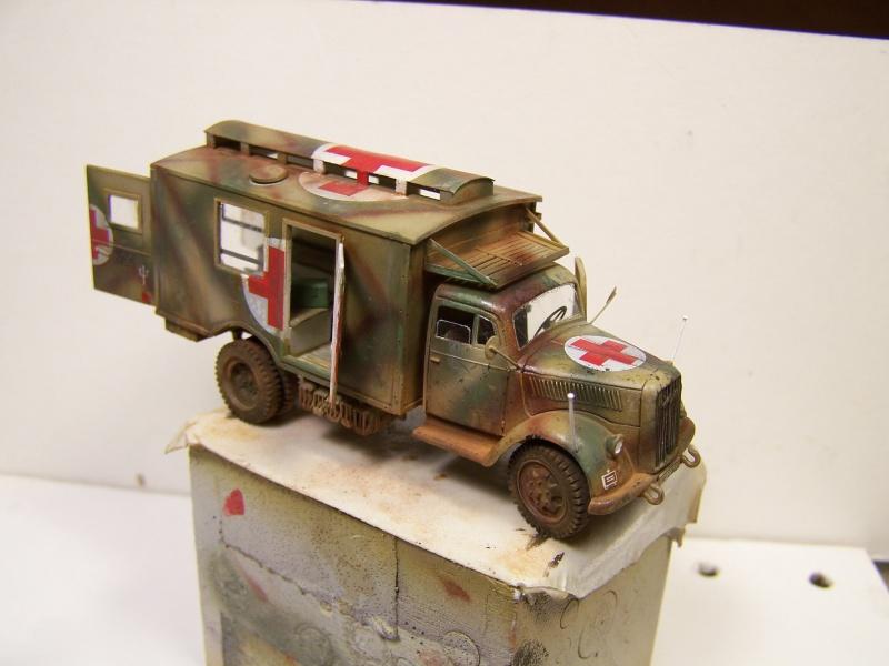 Opel Blitz Ambulance Normandie été 1944 - Page 2 7527841005875