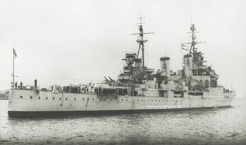 ROYAL NAVY CROISEURS LEGERS CLASSE TOWN (1936) 756083HMSSheffield6