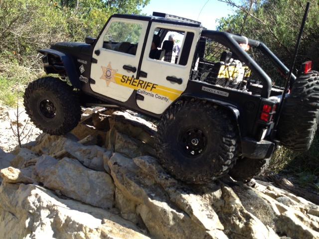 AXIAL SCX10 Jeep JK SHERIFF !! - Page 4 760351jeepJKSHERIFF46