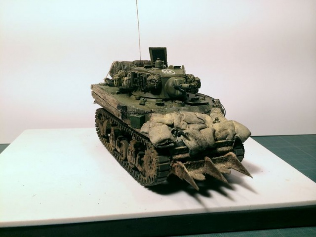 stuart M5A1 (afv au 1/35)normandie - Page 2 764684iphone3002