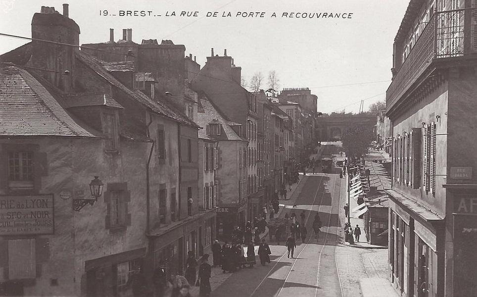 [Ports] LE VIEUX BREST - Page 19 7711251321544354Brest19Etoile