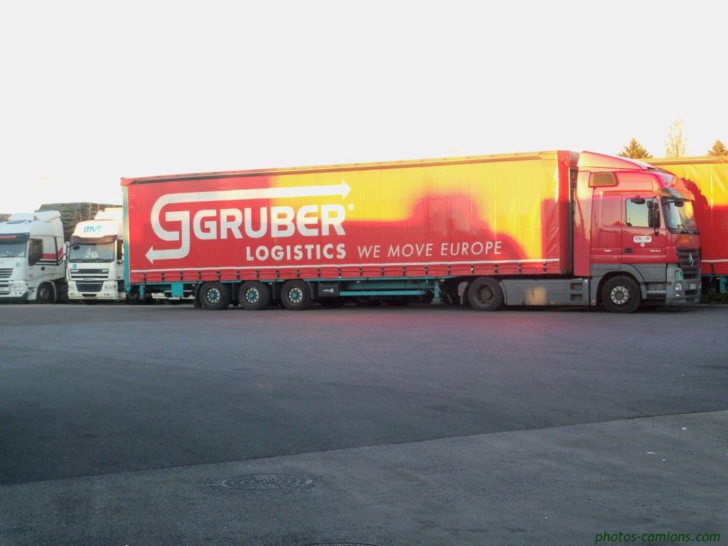 Gruber Logistics (Padova) 775169photoscamions15octobre201162Copier