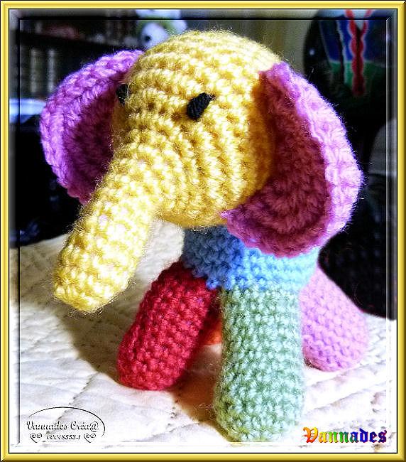 petit Eléphant au crochet  775948elephant1