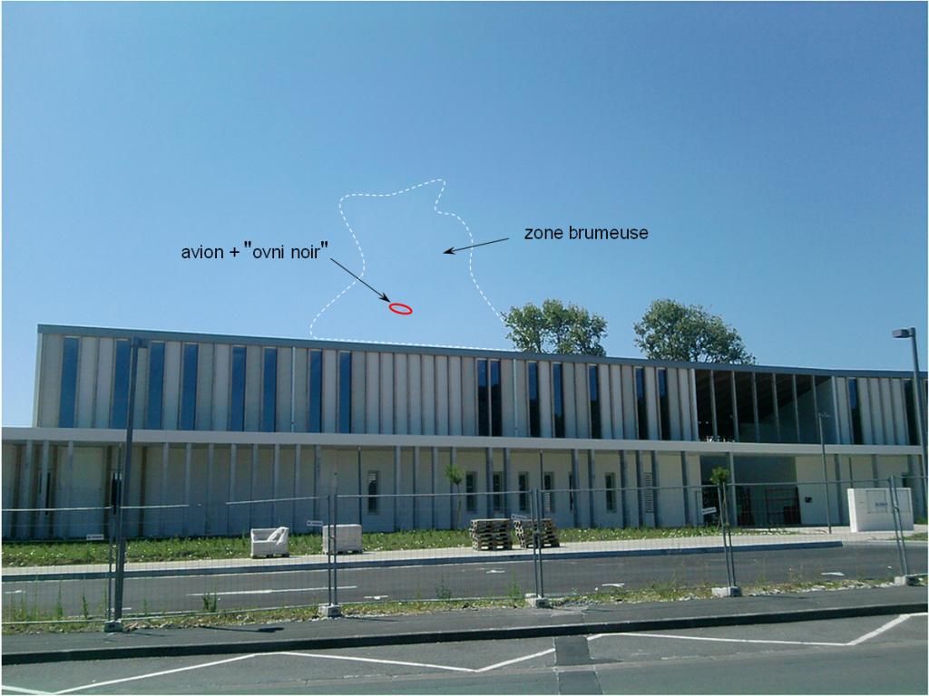 2012: le 23/07 à 11H30 - Pan dans le ciel - Lycée Hotelier Biarritz (64)  776235astronaut1231
