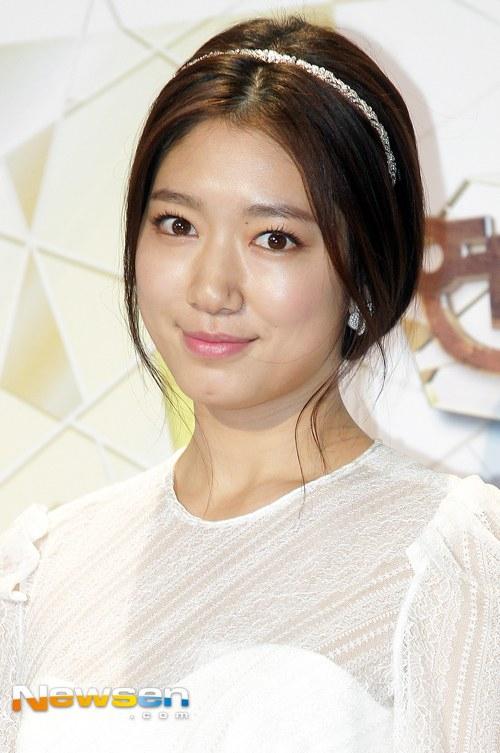 Park Shin Hye au SBS Drama Awards 2013 7762782013123119423618101