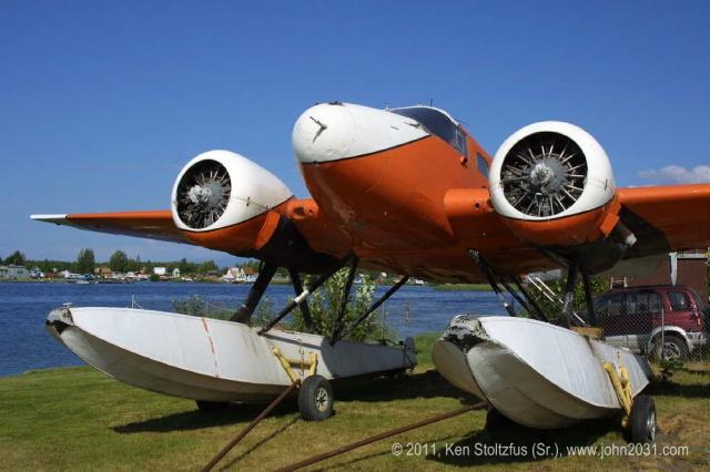 Beechcraft 18 Alaskan Bushplane  780293n1047b1