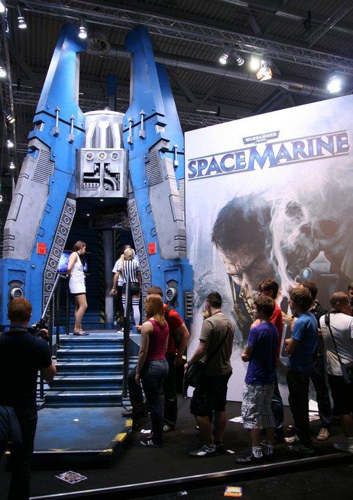 [Jeu vidéo] Warhammer 40.000 : Space Marine - Page 7 782017GamesCom2011B