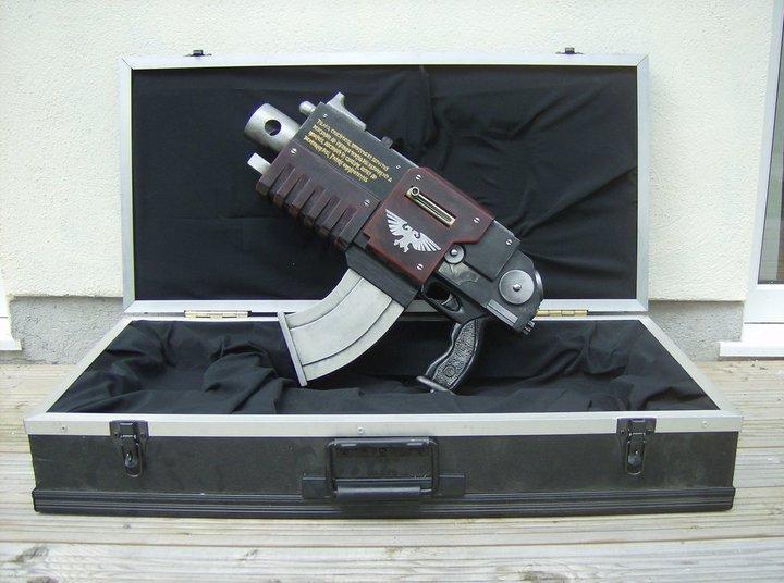 L'Armurerie W40K :  armes pour les grands enfants ! 791934bolter3